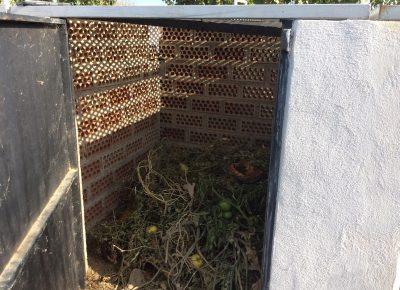Compostera del huerto escolar del CIG