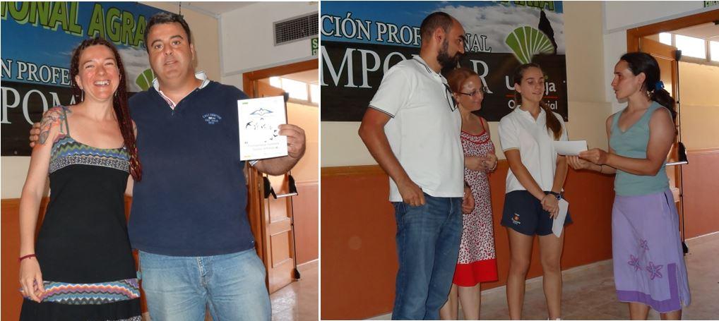 Entrega del certificado, Mª Carmen Mena a Ecocampus Almería (izquierda) y Maite Amat al Colegio Portocarrero (derecha)